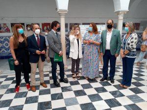 Carmen Crespo junto al equipo de la mancomunidad en Villamartín